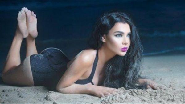 المغنية اللبنانية قمر