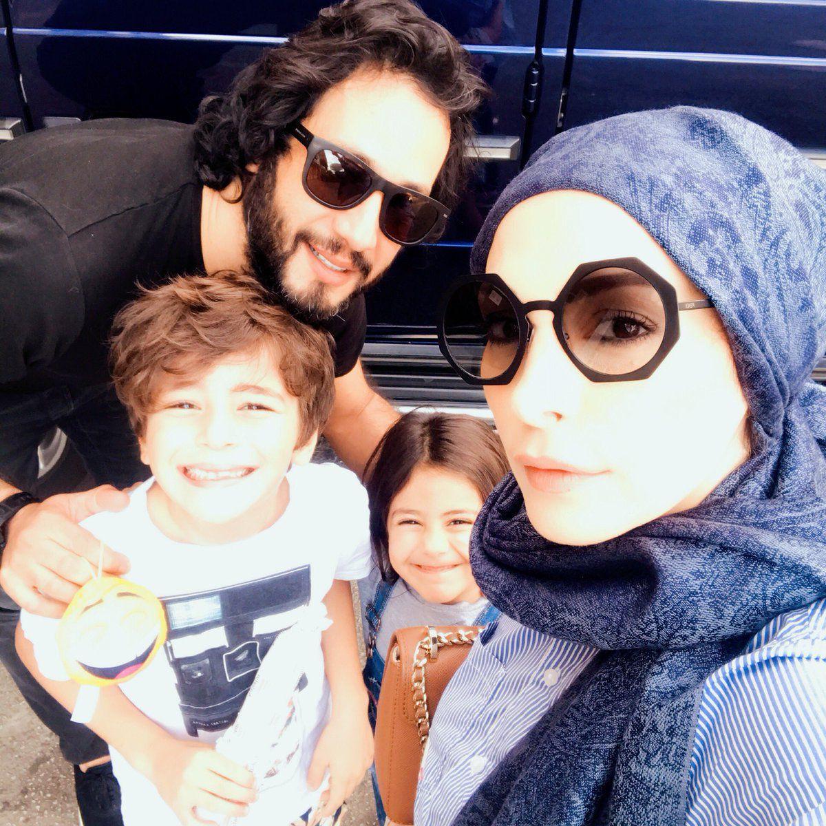 أمل حجازي بأحدث صورة مع زوجها محمد البسام وطفليهما كريم ولارين