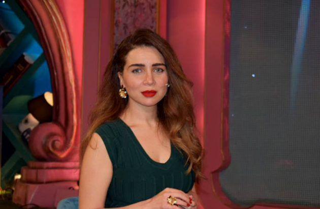 النجمة المصرية مي عز الدين في برنامج (تع اشرب شاي)