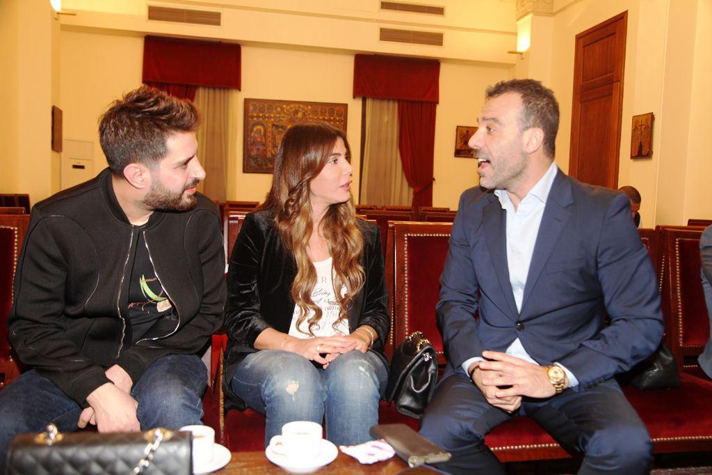 الفنان اللبناني جو أشقر والممثلة منى شيري والاعلامي سيرج أسمر