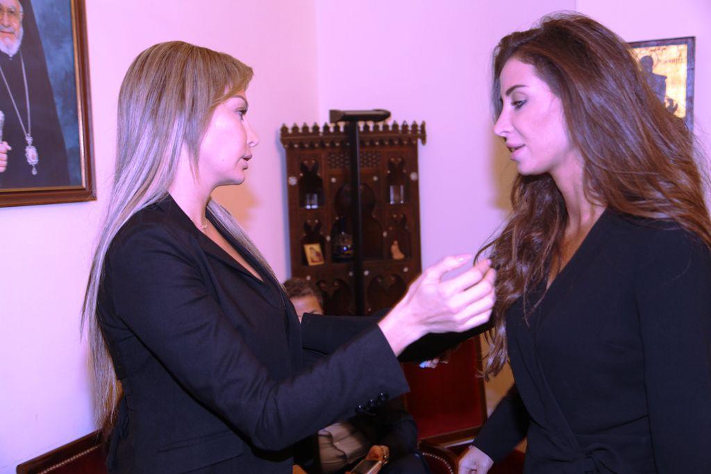 كريستينا صوايا وأنابيلا هلال