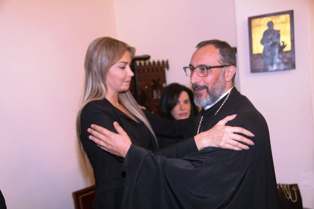 كريستينا صوايا والأب