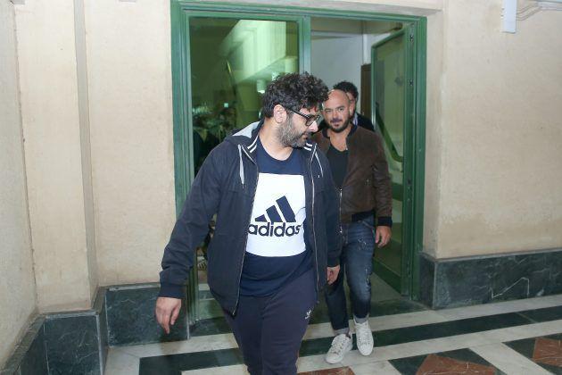 لحظة وصول العسيلي مع وليد منصور