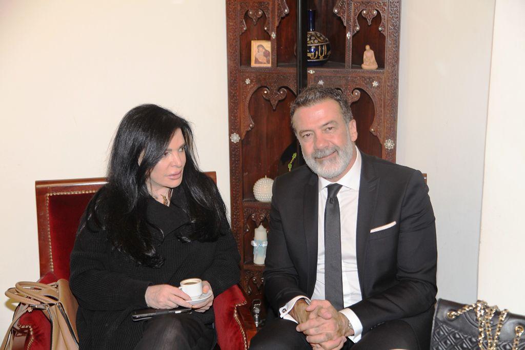 الإعلامي طوني بارود والزميلة رئيسة التحرير نضال الأحمدية