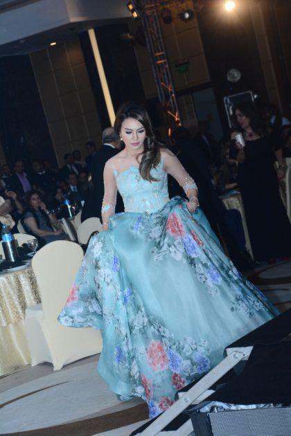 الممثلة المصرية دينا فؤاد بأجمل إطلالة في الحفل