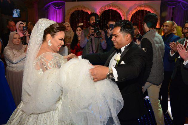 دينا محسن ترقص مع عريسها