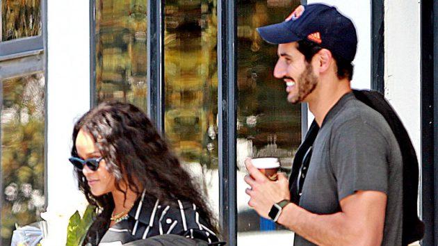 ريهانا وحسن جميل