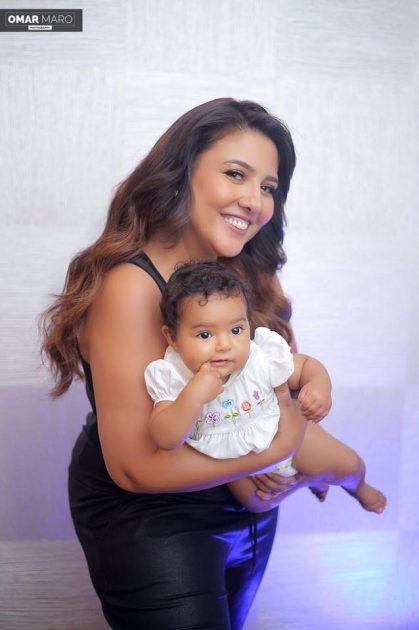 الفنانة المصرية مي كساب برفقة ابنتها بأحدث صورة لهما