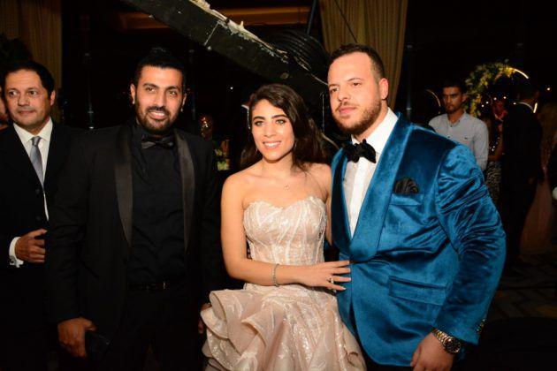 محمد سامي برفقة العروسين