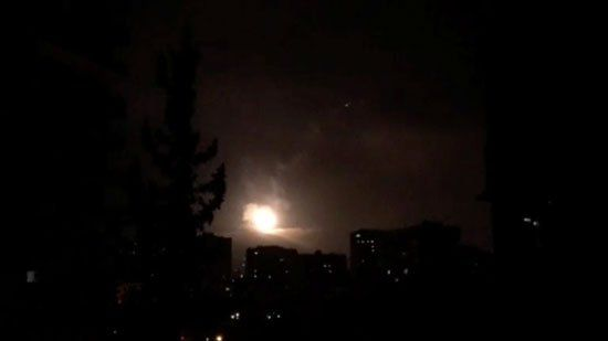 الصواريخ تنير سماء سوريا