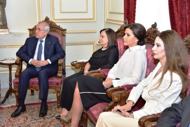 فخامة الرئيس السابق العماد ميشال سليمان مع زوجته والنائب ستريدا جعجع