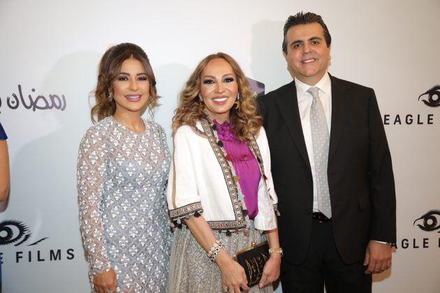 الإعلامية اللبنانية مهى سلمي تتوسط جمال سنان وماغي بو غصن