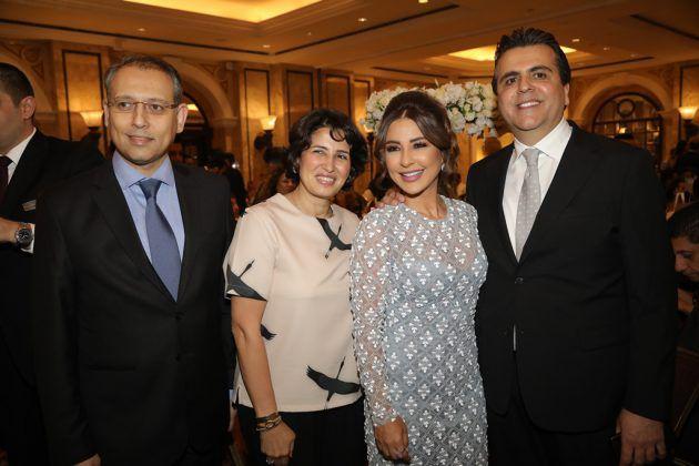 سعادة السفير المصري نزيه النجاري وزوجته مع ماغي بو غصن وجمال سنان