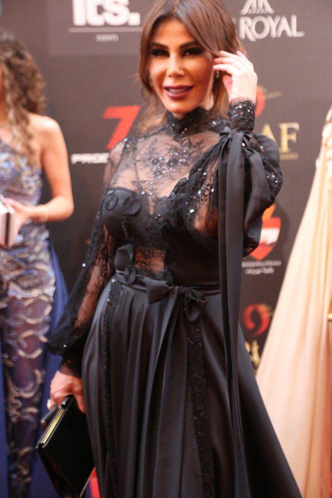 الممثلة اللبنانية يمنى شيري