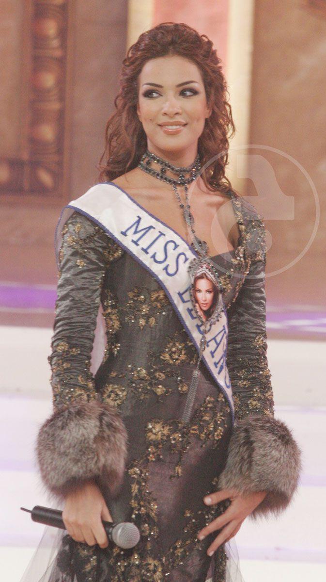 نادين نجيم في حفل ملكة جمال لبنان 2015