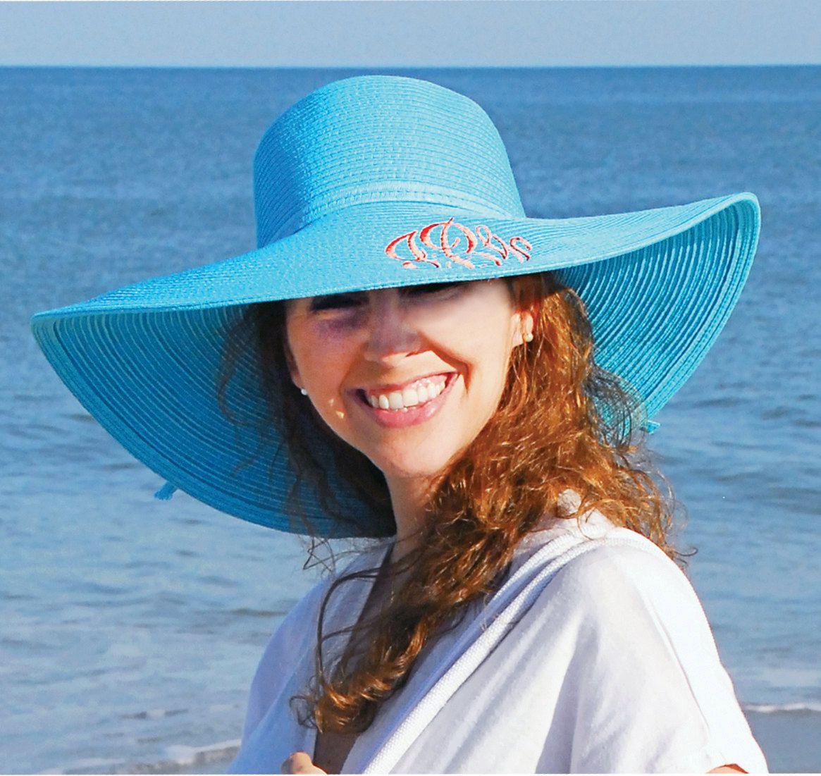 ارتداء القبعات والبقاء في الظل يحافظ على رطوبة الجسم وجفافه