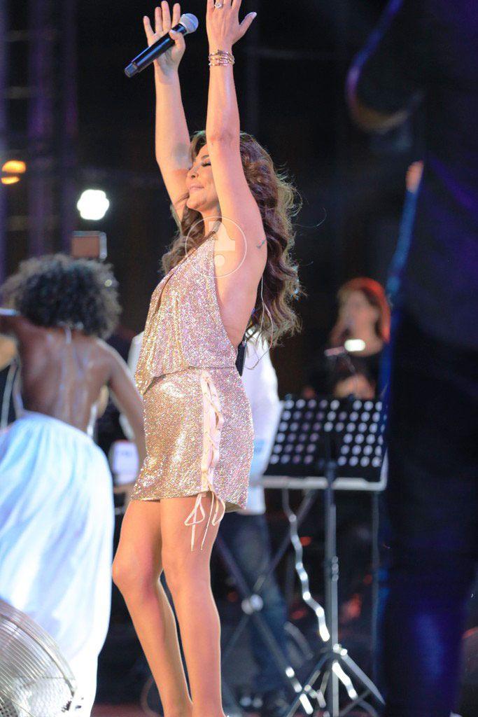 رقص اليسا على وقع أغانيها