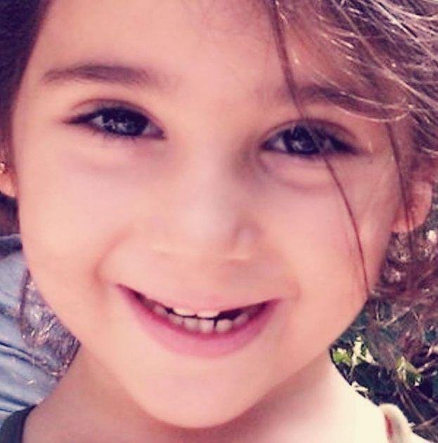 سارة ابنة مي حريري تخلت عنها مي لصالح والدها لأن الدنيا أصبحت غابة حسبما قالت