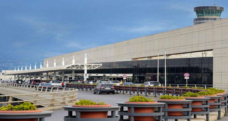 لبناني يشتم الدولة والزعران في مطار بيروت - بالفيديو
