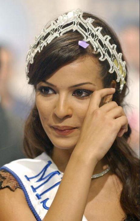 نادين نسيب نجيم ملكة جمال لبنان 2004