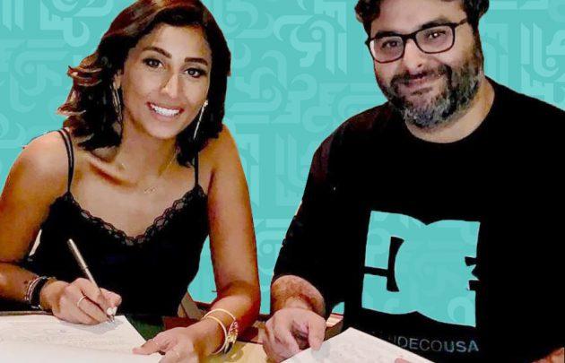 دينا الشربيني توقع مع صديق زوجها