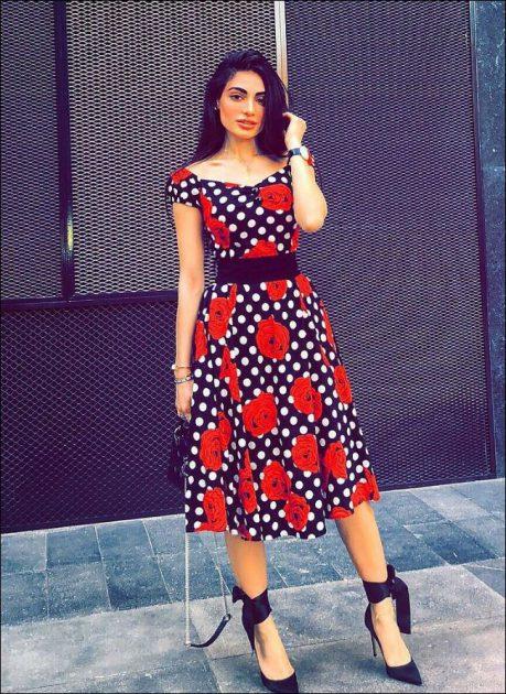 أول عارضة أزياء خليجية والفرو في آب اللهاب
