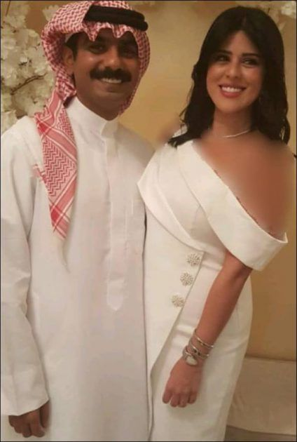 فستان نور الشيخ يوم عقد قرانها 330 درهم