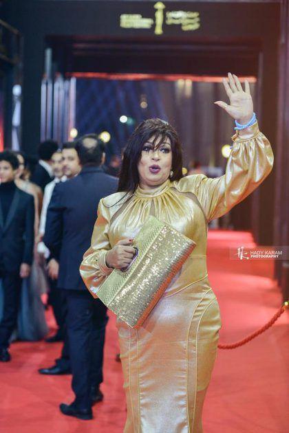 فيفي عبده واسوأ إطلالة في المهرجان - صور