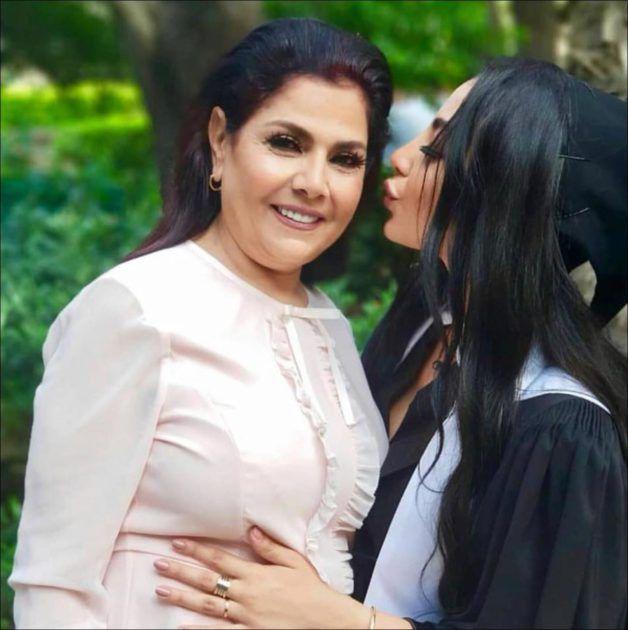 صباح الجزائري مع ابنتها ترف