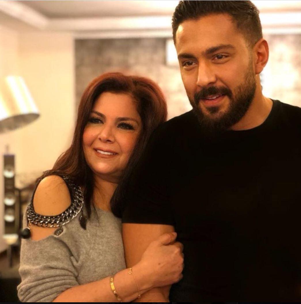 صباح الجزائري مع ابنها اللبناني كرم التقي