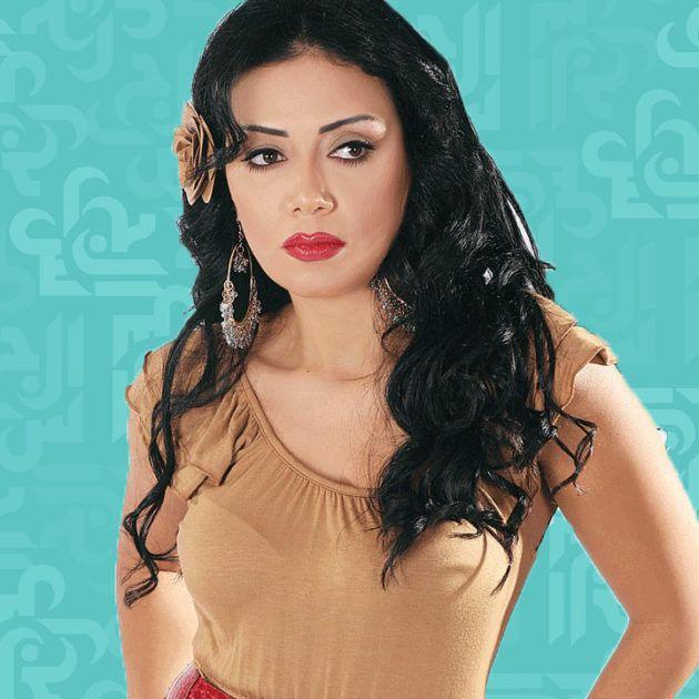 رانيا يوسف وتحدي الظهور بدون ماكياج - صور