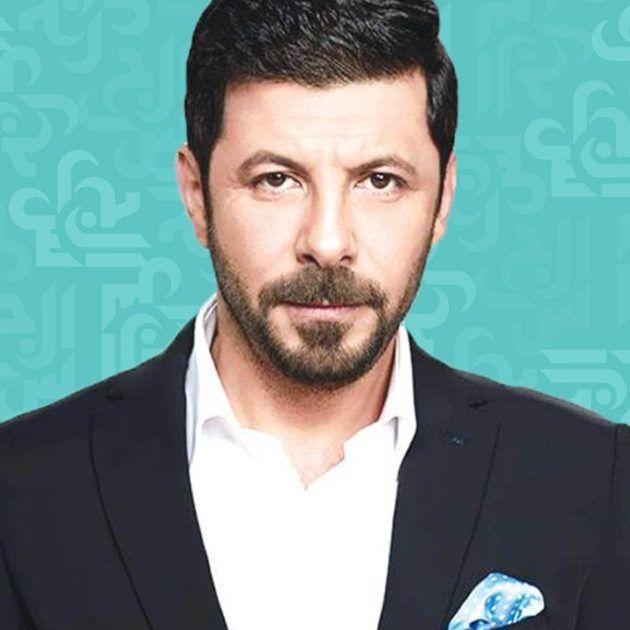 إياد نصار بأغرب لوك - صورة