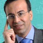 نادر صعب يحصل على الإقامة الذهبيّة الإماراتيّة - وثيقة