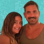 أمير كرارة عارياً مع زوجته على البحر - صورة