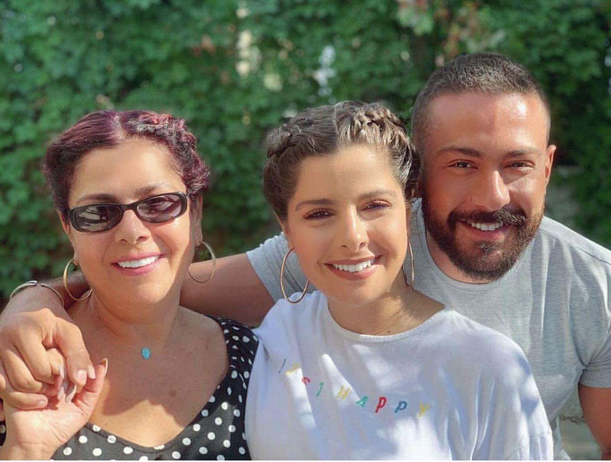 صباح الجزائري وابناها