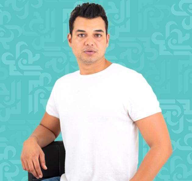 أمجد خليل: أحب إليسا وأتمنى أن ترتدي من تصاميمي