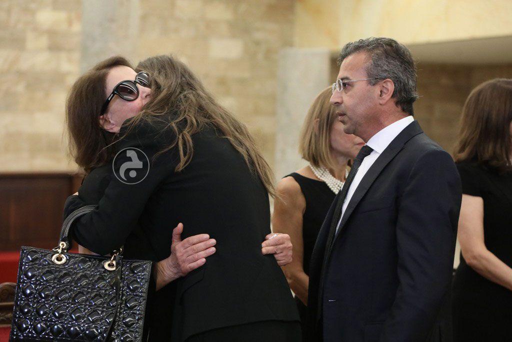 أنابيلا هلال تواسي زوجة سيمون أسمر