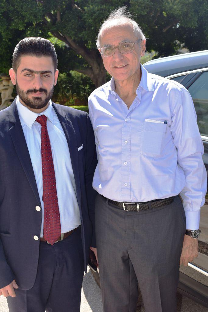 المهندس ريان الأحمدية وصديقه