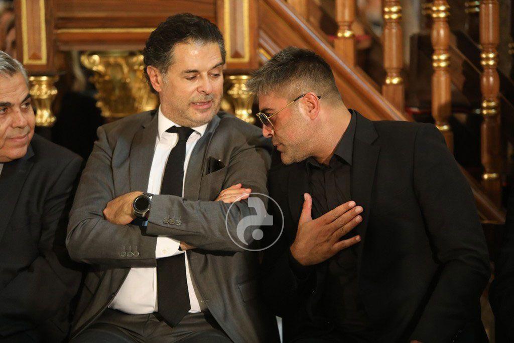 وائل كفوري يلقي التحية على النائب حكمت ديب