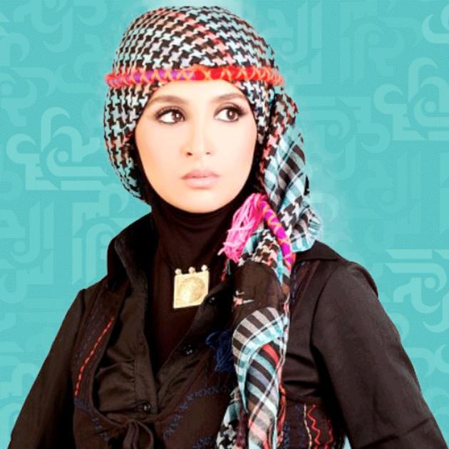 حنان ترك تعود وهل يحرّم الإسلام صورتها هذه؟