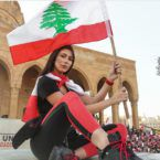 قادة الثورة يكشفون أنفسهم أمام الزعماء الزعران - فيديو