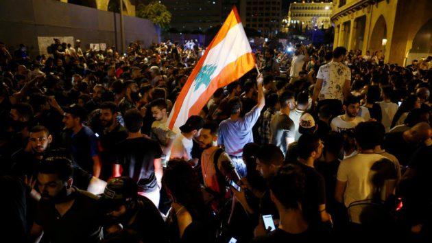 الفنانون اللبنانييون أعلنوا المشاركة في التظاهرات