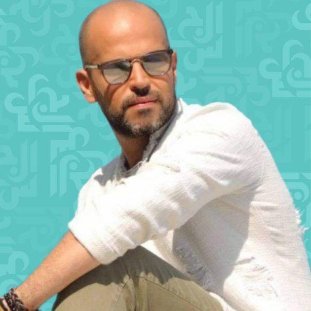 أبو يسترجع ذكرياته مع هذا الفنان القدير - صورة