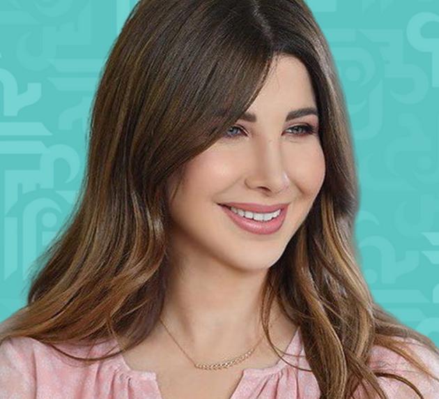 نانسي عجرم وابنتها بنفس تسريحة الشعر ومن الأجمل؟ - صورة
