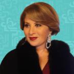 بوسي دون مساحيق مع ابنتها من نور الشريف!