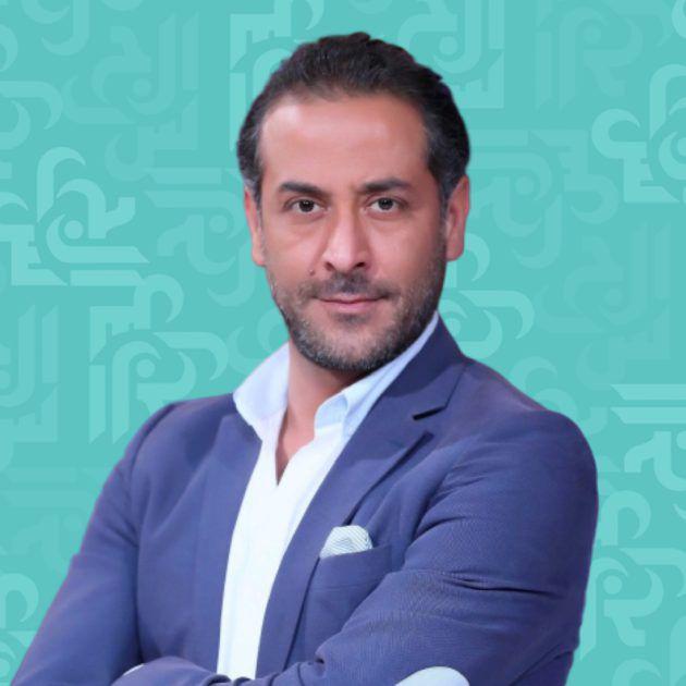 عبد المنعم عمايري يسخر من خطوبته من دانا