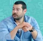 عمرو يوسف يدافع عن طفل تعرض للتنمر - فيديو