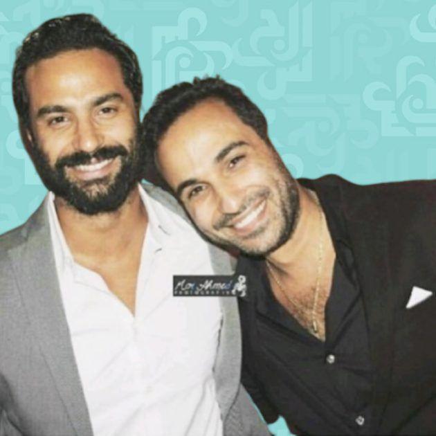كريم فهمي يفضح شقيقه أحمد: (يقبّل كلب زوجته من فمه)! - صورة