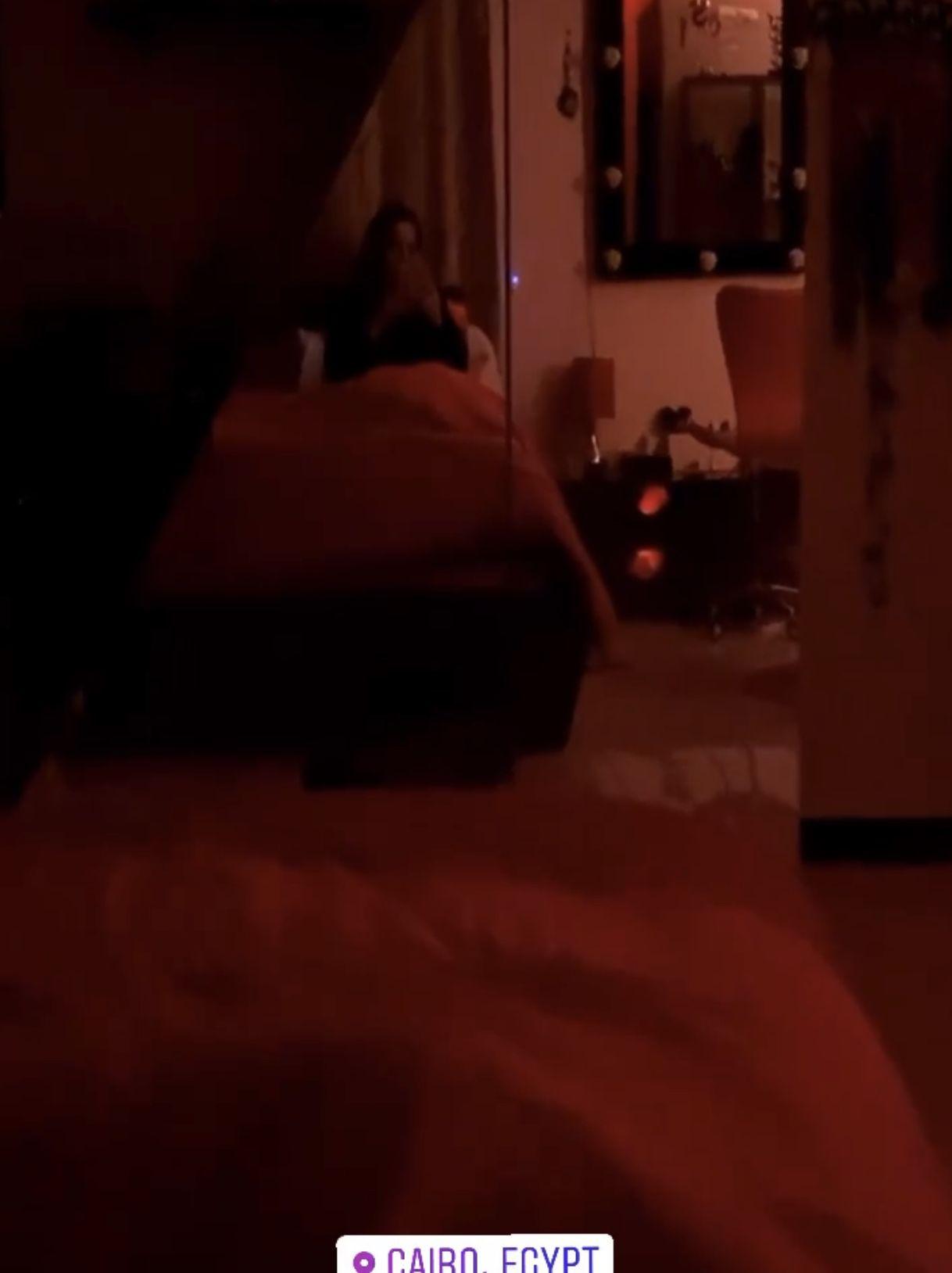 سوزان نجم الدين من غرفة نومها