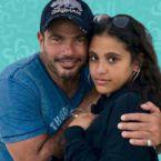 جنى ابنة عمرو دياب تبهر الكل - فيديو